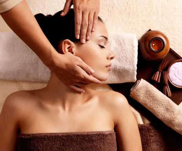 Pain Relief Massage at Natural Therapy Wellness Center